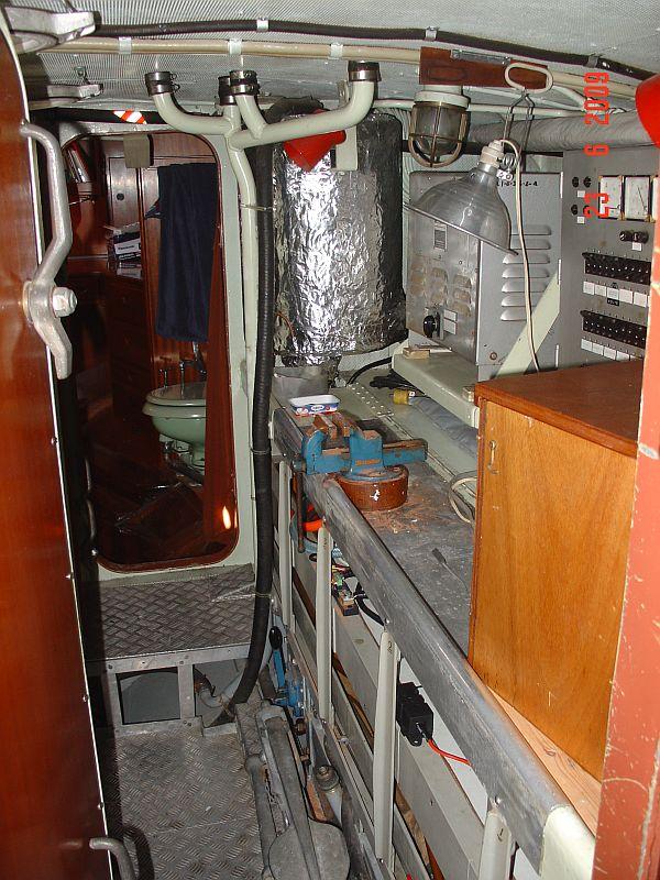 Blick aus der Nasszelle in Maschinenraum