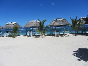 Beachfales und weiße Strände auf Upolu, Samoa - Kopie