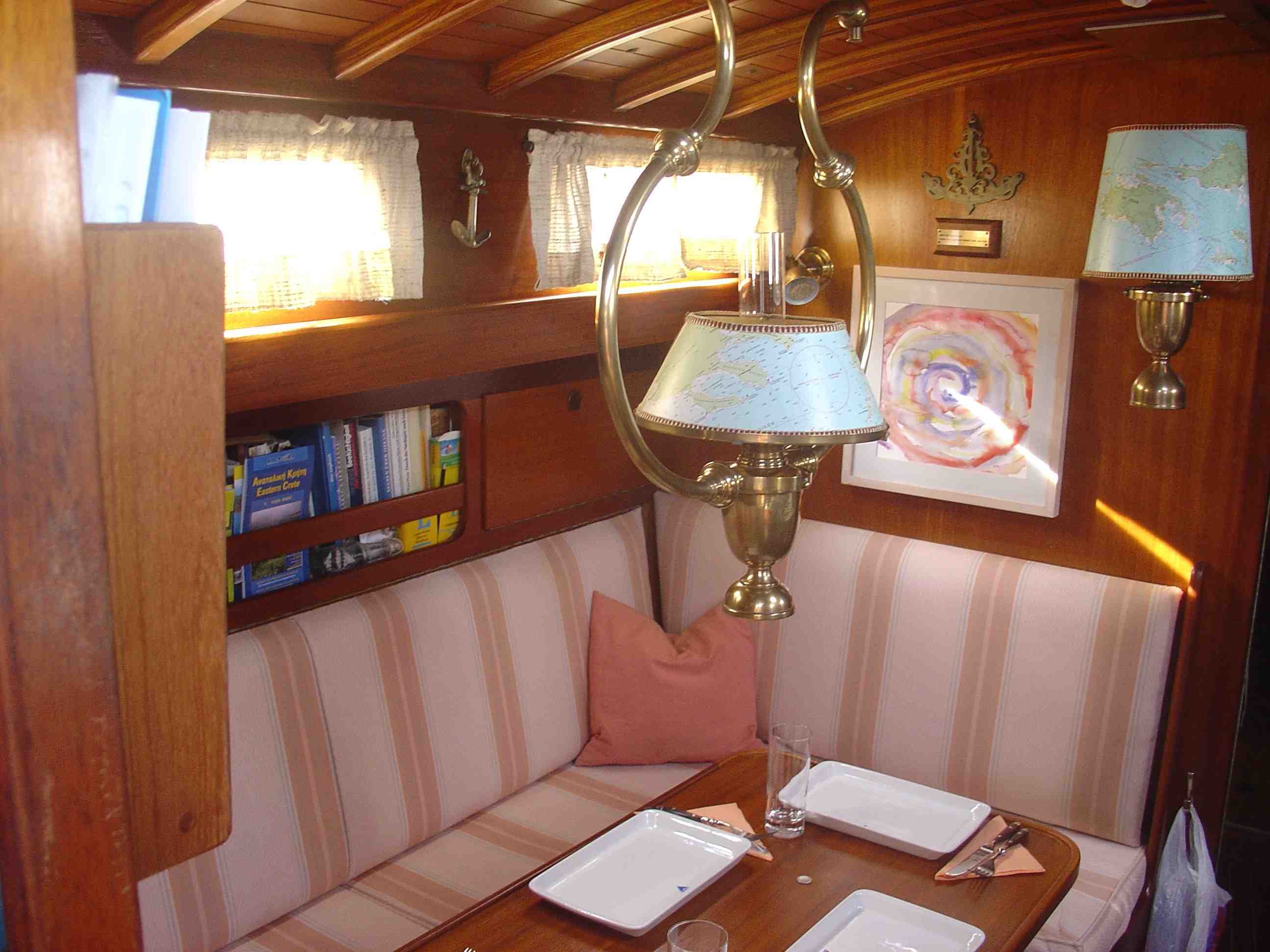 Salon Richtung Vorschiff
