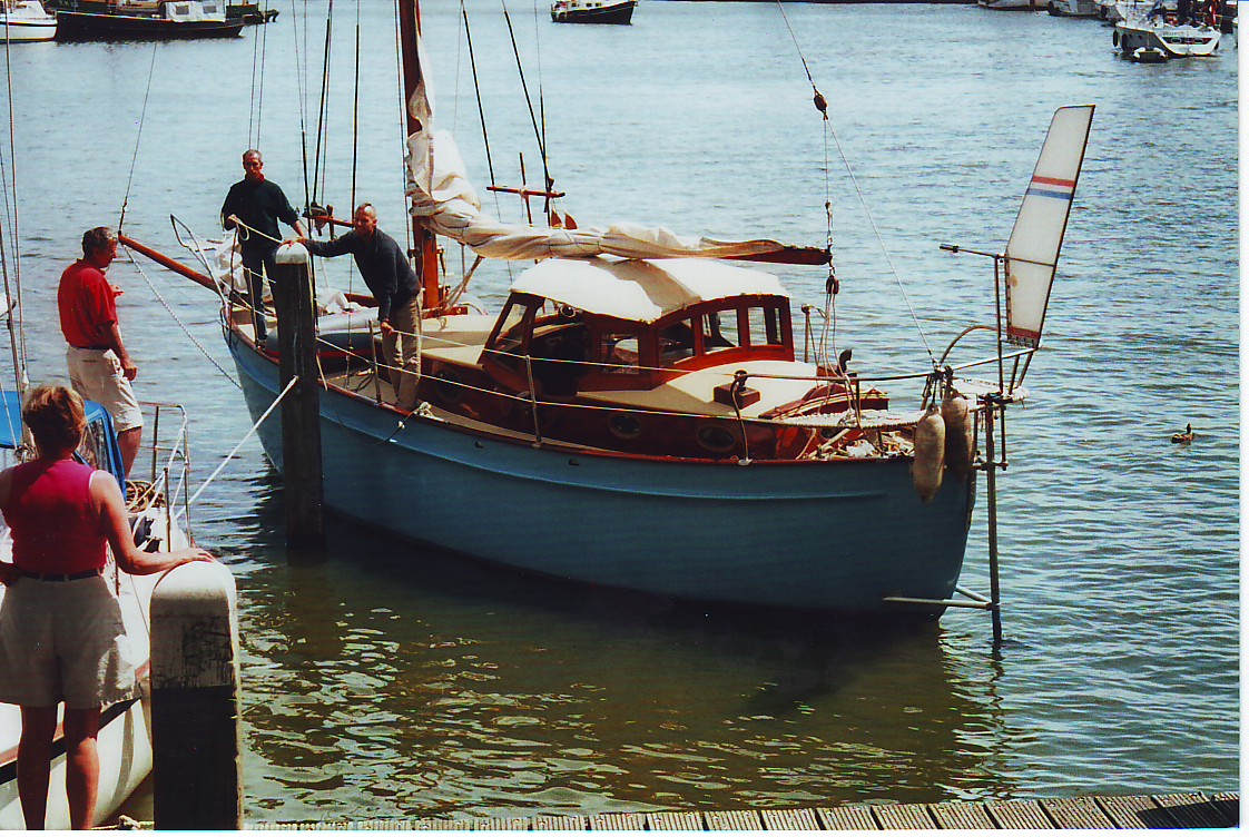 ... after which Derek Daniels – one of my fellow operators in the windvane  steering business – and his Hydrovane system had this particular ...
